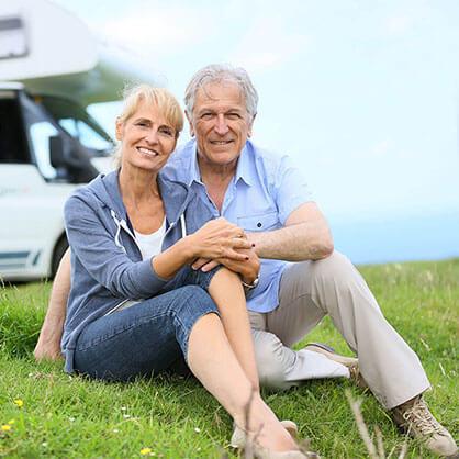 Voyage couple camping car personnes agés - EVAGO Location camping car