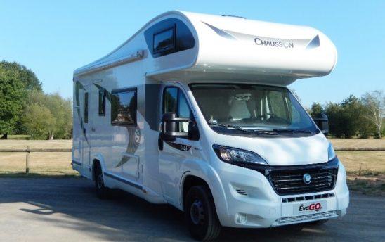 Camping car Chausson capucine aire - EVAGO Location