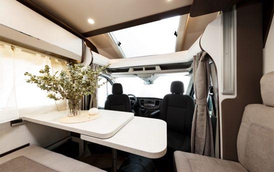 coin_repas_camping_car_location_moire_atlantique