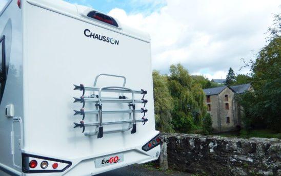 Arrière porte vélo camping car Profilés Chausson 4 places - EVAGO Location camping car
